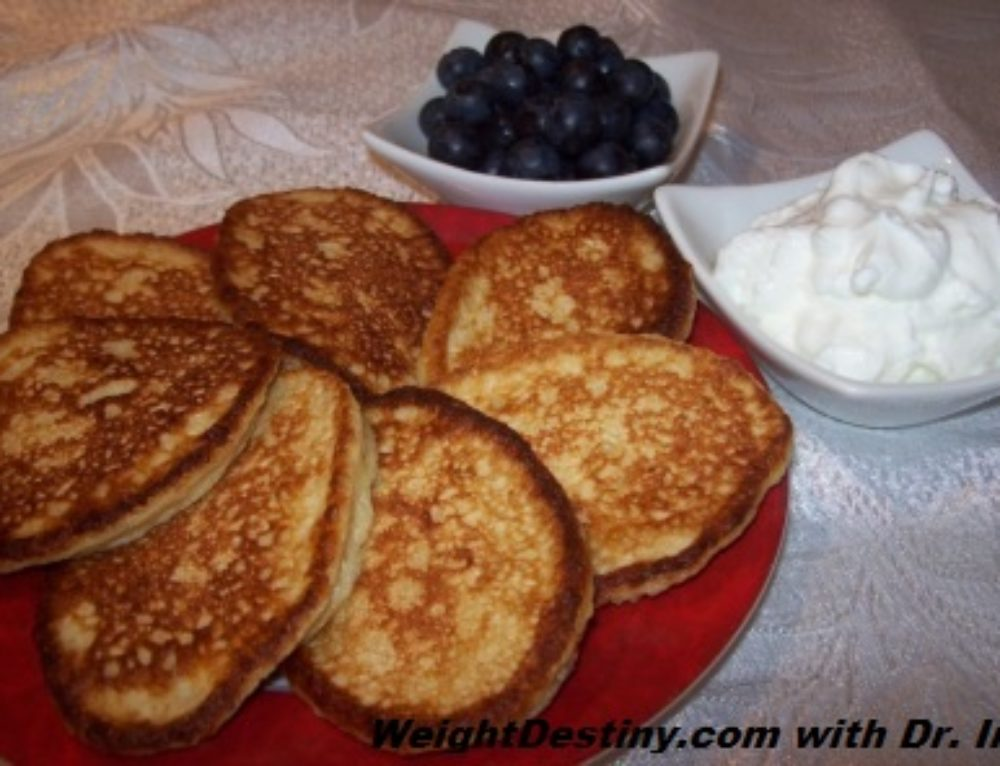 Oatmeal Mini-Pancakes. Plain or with Blueberries.