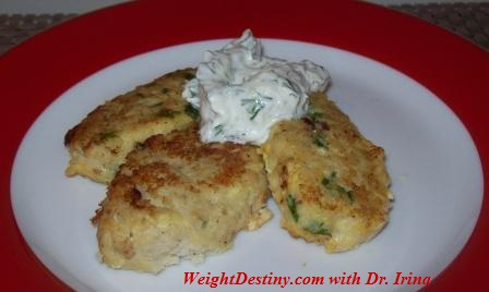 Low GI recipes, Fish Cakes with Tzatziki Sauce.Light, Healthy and nutritional meal