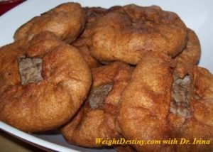 Belyashi round-shaped patty of yeast dough, stuffed with ground meat. Sprouted flour Low GI